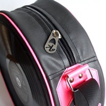 Classic O bag by Kloshar Bags | Black and pink